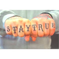 one of my favorite sayings.... stay true to yourself!