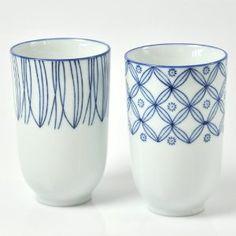 becher porzellan blau weiß