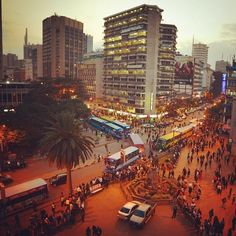 Nairobi rush hour Moi Avenue. Photo by Joe Were. http://instagram.com/p/pZAUeZuh43 www.joewere.com