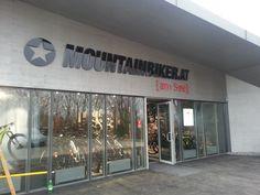 Mountainbiker.at am See Beschriftung