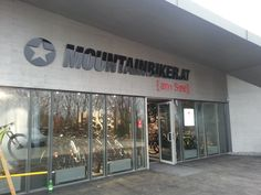 Mountainbiker.at am See Beschriftung Visual Communication, Advertising