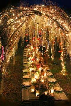 Outdoor Lighting Ideas for a Shabby Chic Garden is Lovely 10 Outdoor Lighting Decoration Ideas for a Shabby Chic Garden. is Lovely Outdoor Outdoor Lighting Decoration Ideas for a Shabby Chic Garden. is Lovely Outdoor Lighting Boho Wedding, Fall Wedding, Dream Wedding, Trendy Wedding, Wedding Dinner, Forest Wedding, Wedding Season, Wedding Rustic, Woodland Wedding