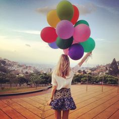 jessica stein. tuula vintage. love this skirt! & love the balloons.