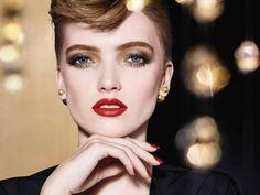 Η μόνη συνταγή που θα χρειαστείς για να κανεις pan-εύκολα pancakes | Thats Life. Life as it is! Dior Lipstick, Dior Makeup, Lipstick Set, Metallic Eyeshadow, Eyeshadow Looks, Dior Forever Foundation, Red Lipstick Looks, Golden Night, Makeup Gift Sets