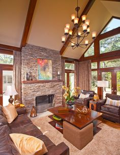 Warm and Inviting living room!