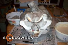 Use idea from STOLLOWEEN site but make Tiki God head!!
