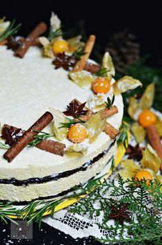 Tort cu blat umed si mousse de piersici - CAIETUL CU RETETE Torte Cake, Romanian Food, Food Cakes, Camembert Cheese, Mousse, Panna Cotta, Cake Recipes, Cake Decorating, Bacon