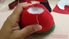 1 million+ Stunning Free Images to Use Anywhere Christmas Elf Doll, Christmas Crafts To Sell, Felt Christmas Ornaments, Christmas Projects, Holiday Crafts, Christmas Diy, Christmas Decorations, Dyi Crafts, Felt Crafts