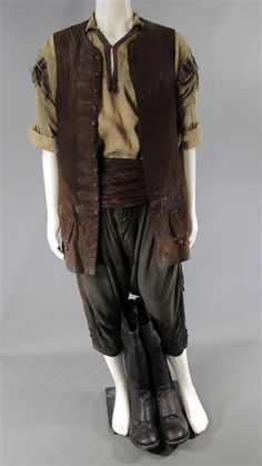 BLACK SAILS DEGROOT ANDRE JACOBS SCREEN WORN PIRATE COSTUME SS 2-3