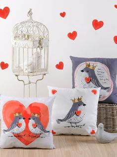 Lovely Casa Set 3 cuscini Pinson Grigio/Rosso 40 x 40 cm su Amazon BuyVIP