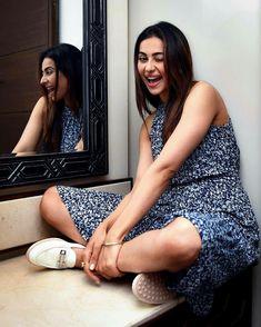 Taapsee Pannu, Saree Look, South Actress, Girl Blog, Sexy Hot Girls, Woman Crush, Lehenga, Amazing Photography, Rave
