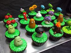 pvz cupcakes   Flickr - Photo Sharing!
