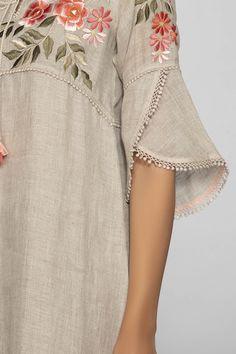 Kurti Sleeves Design, Kurta Neck Design, Sleeves Designs For Dresses, Dress Neck Designs, Stylish Dress Designs, Stylish Dresses, Blouse Designs, Sleeve Designs For Kurtis, Neck Patterns For Kurtis