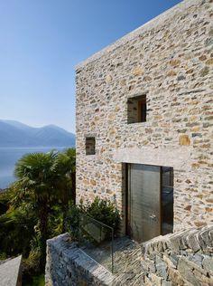 Lake house in Ascona by Wespi de Meuron Romeo architects – casalibrary