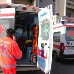 Offerte di lavoro Palermo  Auto contro il guardrail che sfonda il parabrezza ferito il figlio di 11 anni  #annuncio #pagato #jobs #Italia #Sicilia Incidente stradale nel Trapanese muore un donna