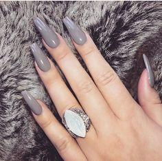 ☆ Pin Bellaxlovee ☆ - Aycrlic Nails, Gray Nails, Hair And Nails, Nail Polish Designs, Acrylic Nail Designs, Stylish Nails, Trendy Nails, Cute Acrylic Nails, Cute Nails