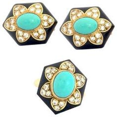 Van Cleef & Arpels - Onyx Turquoise Diamond Yellow Gold Earrings and Ring Set