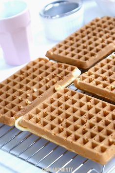 WAFFLES kruchutkie and light as a feather Coctails Recipes, Raw Food Recipes, Sweet Recipes, Cake Recipes, Dessert Recipes, Cooking Recipes, Cookie Desserts, No Bake Desserts, Delicious Desserts