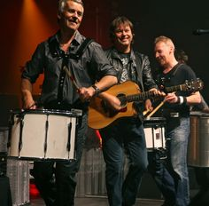 Runrig Scottish Bands, Folk Music, Take Me Home, Happy Things, Cool Bands, Acoustic, Singers, Scotland, Country Roads