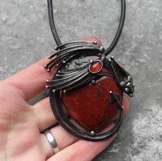 Rudý drak... | by Tereza O.