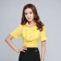 Купить товарФормальные женщины лето рюши желтый с коротким рукавом мода дамы рубашки ол рабочая одежда офис единые блузка тонкий элегантный в категории Блузки и рубашкина AliExpress.           Новый стиль, Горячие продажи!                  Женская мода         Рубашки