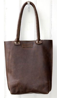 Leather Tote Bag Spacious Shoulderbag Robusto by LABOURofART
