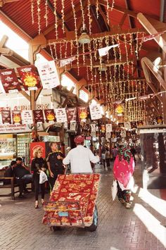inside dubai gold souk
