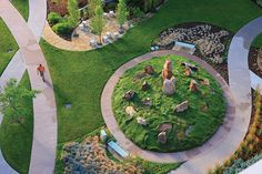 The Hewit Foundation Healing Garden at Littleton Adventist Hospital is visible from many of the rooms and offices. Plans Architecture, Landscape Architecture, Landscape Design, Design Thinking, Sacred Garden, Sensory Garden, Love Garden, Garden Pictures, Design Studio