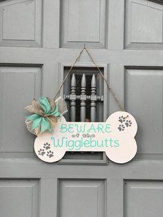 Large Wood Door Tags -Door Hanger-Welcome-Front Door Wreath-Wigglebutts-Fur Kids-Dog Lover-Dog Lover Gift-Beware of the Wigglebutt – Pets' Loyalty Dog Crafts, Animal Crafts, Diy And Crafts, Door Tags, Dog Rooms, Dog Signs, Diy Weihnachten, Wood Doors, Door Hangers
