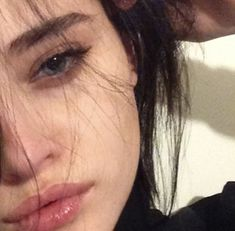 How To Look Pretty Naturally Pictures 58 Ideas Aesthetic Makeup, Aesthetic Grunge, Aesthetic Girl, Pretty Face, How To Look Pretty, Lila Baby, Crying Girl, Grunge Girl, Sad Girl