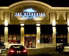 Je préfère diner au restaurant.  J'adore le Oceanaire!