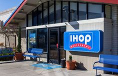 The 10 Most Family-Friendly Chain Restaurants