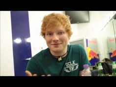 Ed Sheeran funny moments - soooooo cute!!!! he is so funny and hilarious!!!!!! I think he needs to wear his glasses more;) lookin good ed