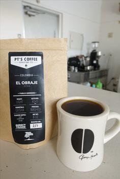 アメリカ・トピカより   【いちごいちえコーヒー 和田明久 厳選コーヒー 16th】   <コロンビア オブラエ農園>   生産処理:フリィウォッシュド 品種:ゲイシャ種 標高:6545feet ライムや花のライラックを想わせる風味、ライチのような甘味。 上質なシャンパンのようにスパークリングな酸や、シルクのような舌触りも楽しめます。 蜂蜜や生クリームなどの柔らかい後味の印象。