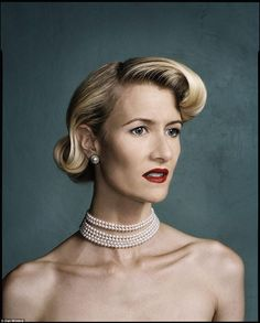 Laura Dern is so pretty