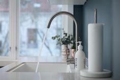 FINN – Frogner - Svært gjennomført 3-roms toppleilighet med nytt kjøkken, peis og fransk balkong.