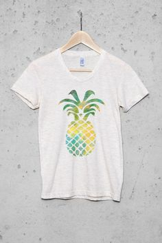 Women's Pineapple Graphic T-Shirt - Oatmeal