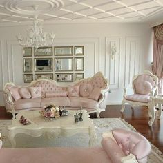 Shabby Chic Interiors, Shabby Chic Bedrooms, Shabby Chic Decor, Home Room Design, Home Interior Design, House Design, Classy Living Room, Dream Rooms, House Rooms