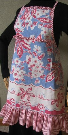 PATRIOTIC handmade Apron from Vintage Tablecloth Red White Blue. $48.00, via Etsy.