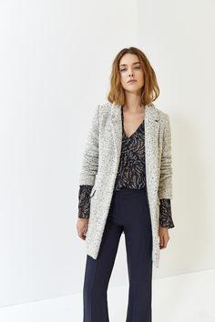 Manteau en tweed gris clair IKKS Women, collection femme Automne hiver 2017   womenstyle 1256d341a575