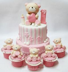 Adorable pink and white teddy bear cakes and cupcakes Baby Birthday Cakes, Baby Cakes, Girl Cakes, Cupcake Cakes, Bear Birthday, Cake Fondant, Bear Cupcakes, Birthday Kids, Pink Birthday