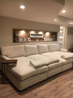 Clever Media Room Ideas In 2020 - Home Theater Home Cinema Room, Home Theater Rooms, Home Theater Design, Cinema Room Small, Small Movie Room, Movie Rooms, Tv Rooms, Game Rooms, Salas Home Theater