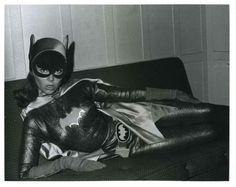 When Batgirl met Merv Griffin (and Batman drummed with Spock) Batman Show, Batman Tv Series, Batman And Batgirl, Batman 1966, Robin, James Gordon, Merv Griffin, Yvonne Craig, Wacky Wobbler