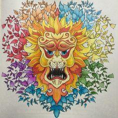 Colorir um desenho desse num dia só é sinal de vício??? #florestaencantada