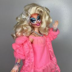 Ladies & Gentlemen, the incomparable, the legendary... @trixiemattel drag race season has started @barbie a drag make over RuPaint inspired by Trixie Mattel.
