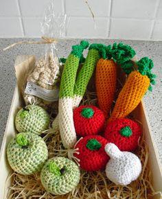 Crochet Unicorn Hat, Crochet Skull, Crochet Diy, Crochet Amigurumi, Crochet Food, Crochet Pattern Free, Crochet Slouchy Beanie Pattern, Mens Crochet Beanie, Champignon Crochet