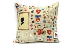 Cushion cover in vintage style by Lilach Oren Handmade, via Flickr