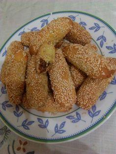 Greek Sweets, Greek Desserts, Greek Recipes, Vegan Desserts, Dessert Recipes, Greek Cookies, Greek Pastries, Eat Greek, Biscuit Cookies