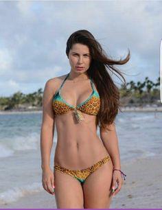 Bikini Roberta Melo