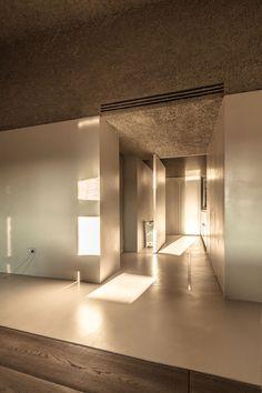 The House of Dust (Rome 2013) is an architectural work designed by Sicilian architect Antonino Cardillo: the priest hole. Photography by Antonino Cardillo.
